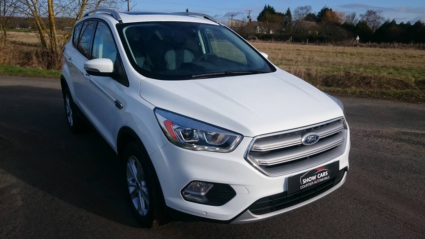 ford kuga nouveau mod le 2 0 tdci 150ch titanium gps diesel neuf show cars. Black Bedroom Furniture Sets. Home Design Ideas